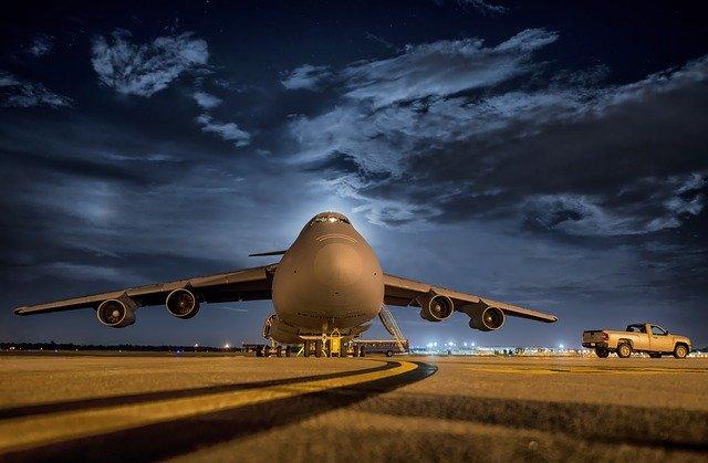 letadlo na rovině