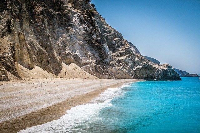 pláž, skála