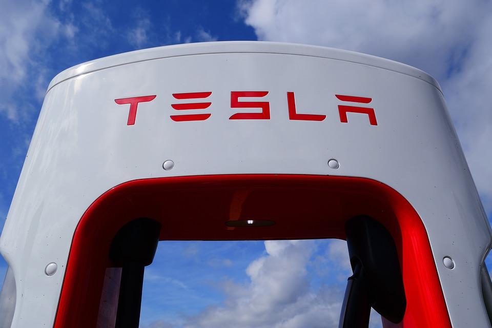kompresor Tesla