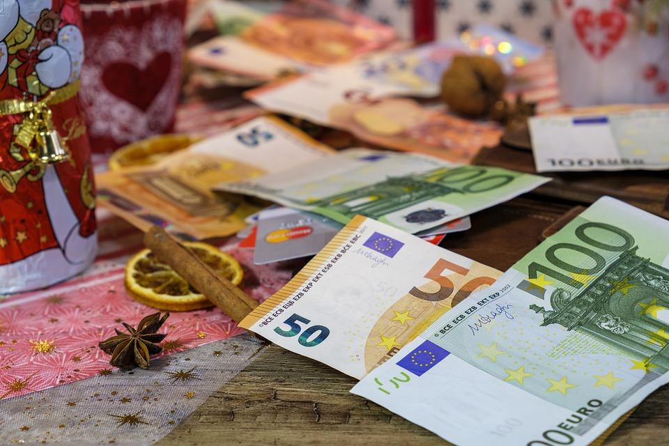 pohozené bankovky