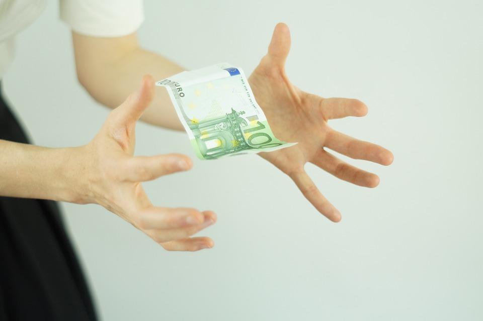 poletující bankovka